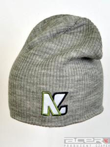 Szara czapka zimowa